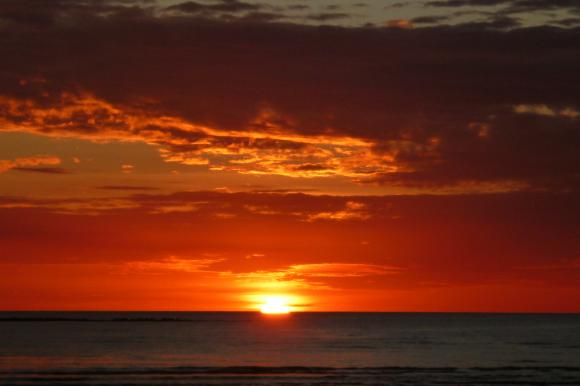 http://morningsong.cowblog.fr/images/australie/coucherdesoleil2.jpg